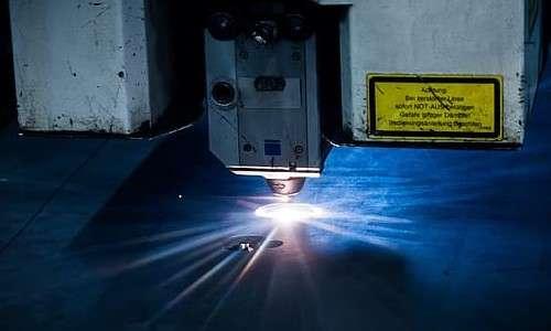 Laser machine al plasma.