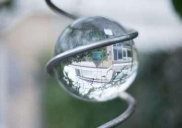 Anello di Gravesande descrizione di una sfera che si dilata e non passa per l'anello.