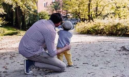 La teoria biosociale spiega come crescere al meglio i propri figli